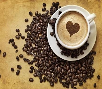 Résultat d'un Latte Art avec un coeur sur Photoshop