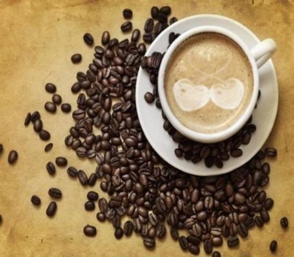 Résultat d'un Latte Art avec des cerises sur Photoshop